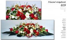 12-6 Főasztal virágdíszek-019
