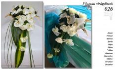 12-6 Főasztal virágdíszek-026