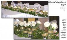 12-6 Főasztal virágdíszek-037