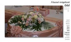 12-6 Főasztal virágdíszek-044