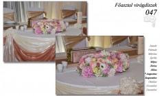 12-6 Főasztal virágdíszek-047