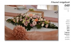 12-6 Főasztal virágdíszek-048