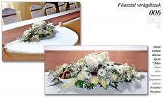 12-6 Főasztal virágdíszek-006