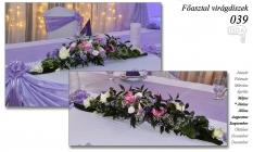 12-6 Főasztal virágdíszek-039